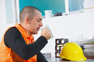 Plumber drinking a cuppa